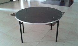 Round Banquet Table 4 ft