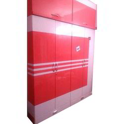 Laminated Wooden Wardrobe