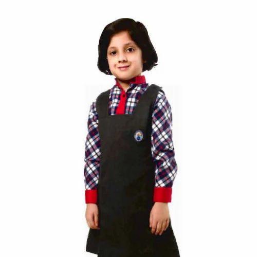 70bca90b3f Girls School Uniform, लड़कियों की स्कूल ...