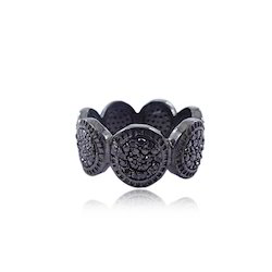 Round Circle Pave Diamond Band Ring