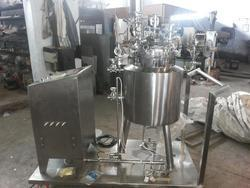 Stainless Steel Reaction Vessel, Capacity: 100-500 L
