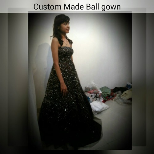 L And M Black Custom Made Cocktail Ball Gowns Rs 25000 Piece Kokus Nest Id 18572782173