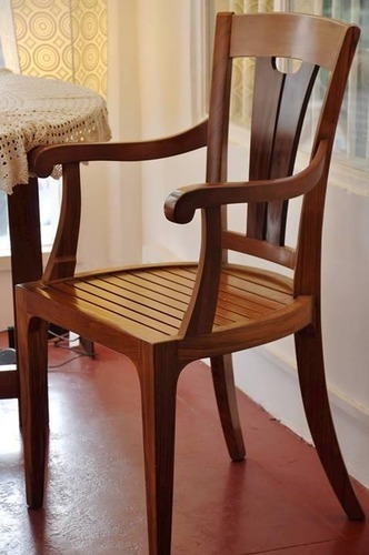 Amazing Teakwood Dining Arm Chair