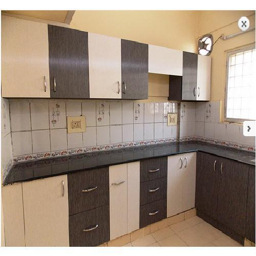 Kutchina Modular Kitchen Price At Rs 75000 Number: Plywood L Shaped Modular Kitchen, Rs 75000 /unit, Synergy