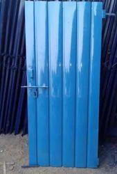 Blue,Red Metal Toilet Door, Size/Dimension: 2.5*6 Ft