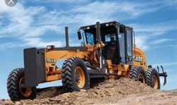 Case Motor Grader, Operating Weight: 3000 Kg (approx), Engine Power: 140 Hp