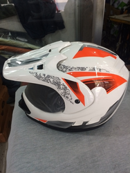 Trendy Race Helmet