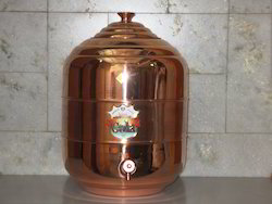 Metal Plain Copper Water Storage Matka, For Home, Capacity (litres): 18 Liters