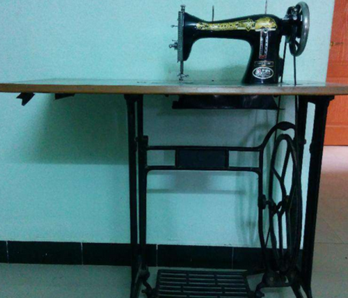 Retail Trader Of Master Sewing Machines Singer Sewing Machines By Mesmerizing Old Sewing Machine For Sale In Mumbai